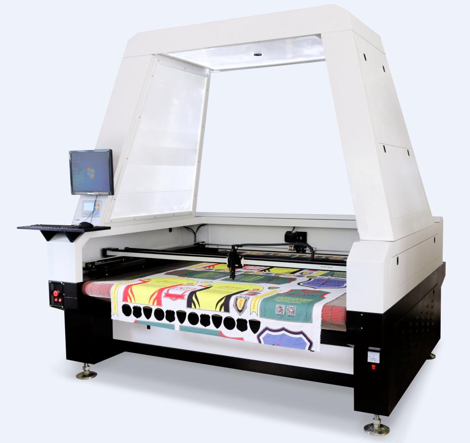 Máy cắt vải laser tự động với camera SCCD là máy cắt laser với camera bên trên sẽ cắt các hình in trên vải cuộn, giải pháp cắt áo nhanh đã in trên vải